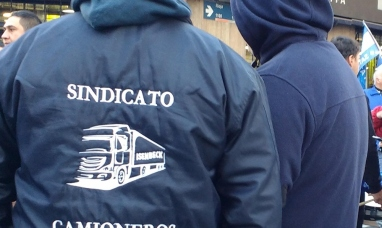 Tierra del Fuego: Gremio de camioneros paraliza las plantas de la gaseosa más famosa del mundo