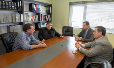 Tierra del Fuego: Importante reunión entre la cooperativa eléctrica de Río Grande y el banco provincial