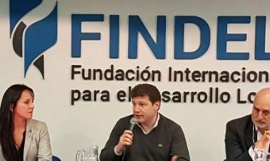 Tierra del Fuego: Intendente de Río Grande disertó sobre el avasallamiento a derechos tributarios de los municipios