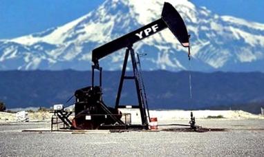 Tierra del Fuego: La legislatura analizó el acuerdo firmado por la gobernadora para extender hasta 2027 las concesiones a YPF