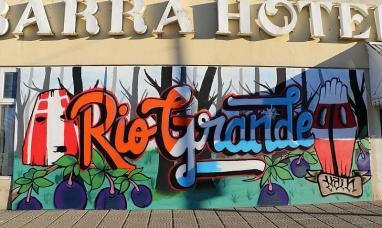 Tierra del Fuego: Un mural que embellece el centro de la ciudad de Río Grande