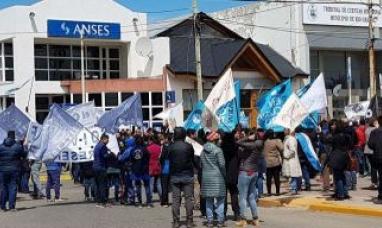 Tierra del Fuego: Paro contra las medidas del gobierno nacional