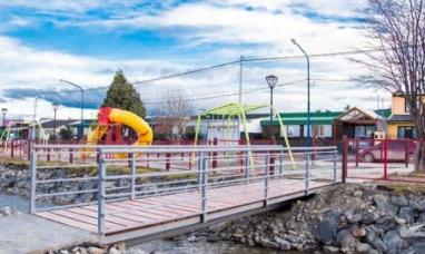 Tierra del Fuego: Quedó habilitado en Ushuaia nuevo puente peatonal