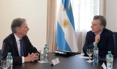 Tierra del Fuego: Repudio a la presencia de ministro inglés