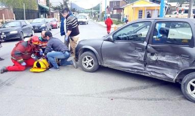 Tierra del Fuego: En Ushuaia un hombre y una mujer embarazada resultaron lesionados en un violento accidente