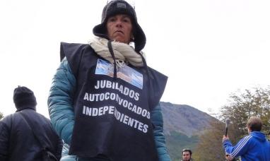 """Tierra del Fuego: """"No sé qué van a embargar, lo único que tengo es mi jubilación"""" dijo referente de jubilados"""