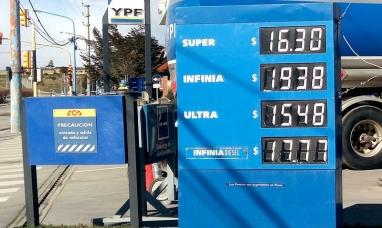 Vuelve a subir la nafta en todo el país